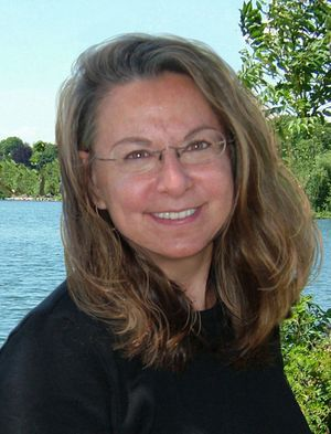Diane deGroat