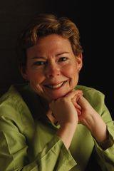 Lisa Campbell Ernst