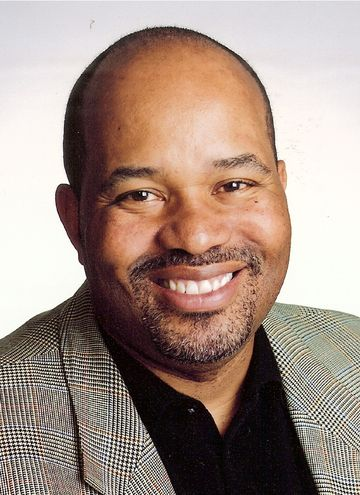 James E. Ransome - Photo by On Location Studios