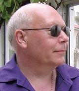 Stan Nicholls
