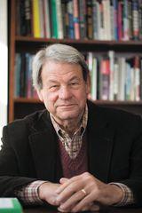 Steven V. Roberts - image
