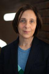 Carmela Ciuraru