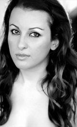 Roxana Shirazi - Andres Lesauvage