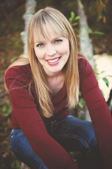 Kasie West - Stephanie Ryan Photography