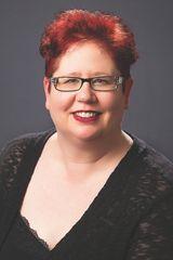 Saundra Mitchell