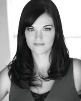 Amy Tintera - image