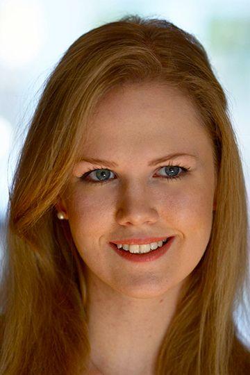 Daisy Dunn - Photograph by Horst A. Friedrichs
