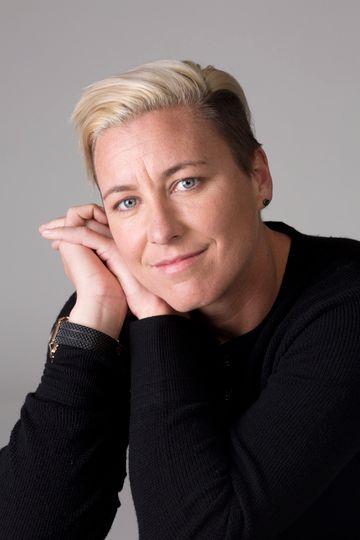 Abby Wambach - Elena Seibert