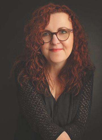 Wendy McLeod MacKnight - Stephanie Comeau Photography