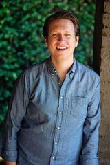 Photo of Pete Holmes