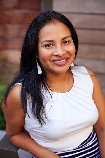 Rosayra Pablo Cruz - Photo by Tang of TangySweet Photography