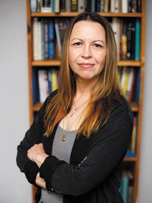 Jennifer Keishin Armstrong