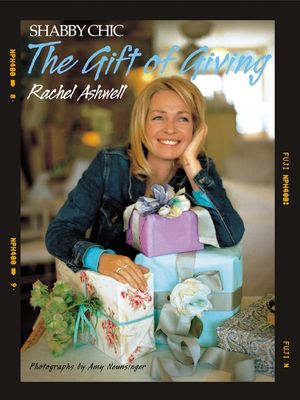 Shabby Chic: The Gift of Giving book image