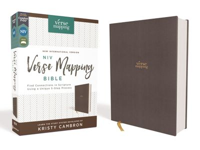 NIV Verse Mapping Bible, Cloth Over Board, Comfort Print: Find Connections In Scripture Using A Unique 5-Step Process [Grey]