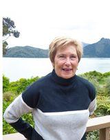 Sue MacKay - image