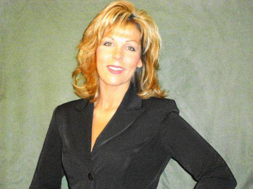 Kimberly Raye