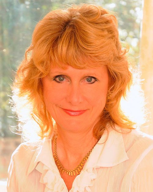 Amanda Robson