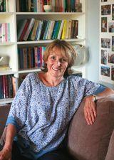 Julie Caplin - image
