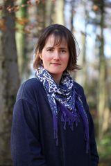 Melanie Golding - image
