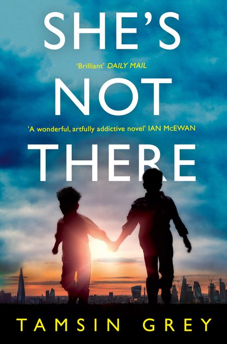 She's Not There - Tamsin Grey